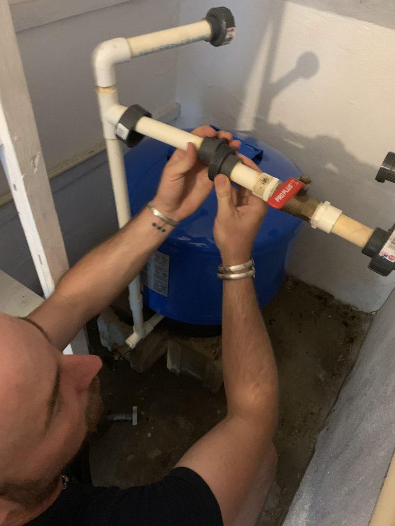 Plumbing the Water Pressure Tank
